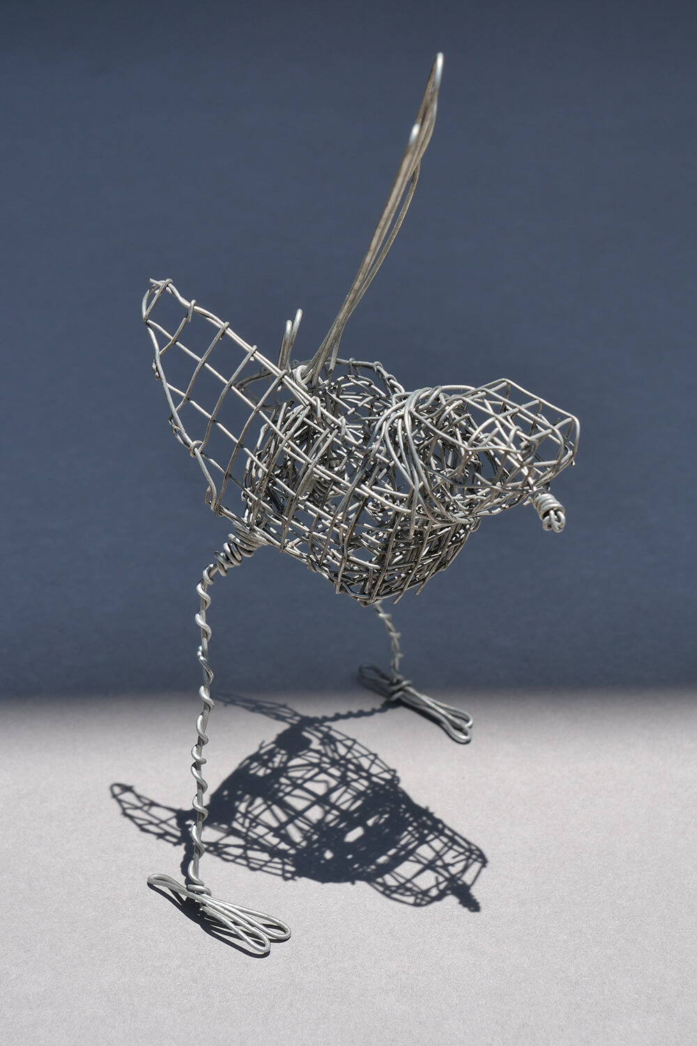 1 Wren. 1 wire handmade wren approximately 13 cm in height and 7 cm wide.